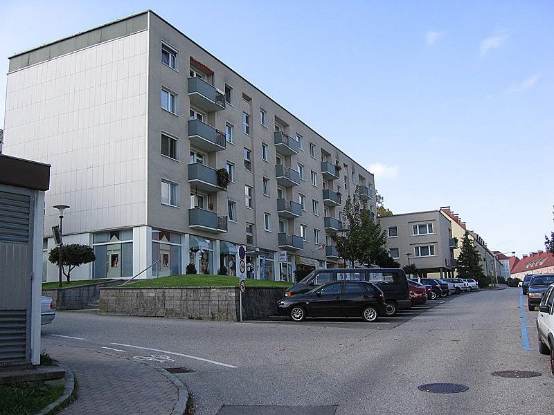 Immobilie von LAWOG in Ginzkeystr.6/B - GESCHÄFTSLOKAL, 4860 Lenzing #0